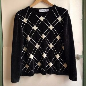 ALFRED DUNNER Black Cream Chenille Plaid Sweater